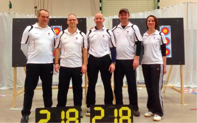 Von Links: Andreas Walczyk, Günter Naumann, Stefan Breitfelder, Alexander Fröse, Christine Ahrens